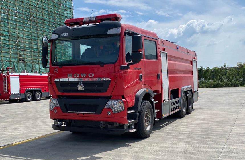 国六16吨水罐消防车