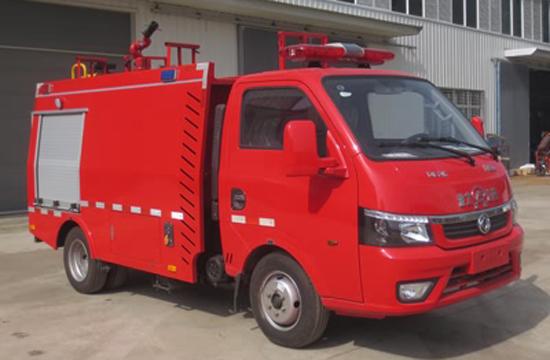 小东风蓝牌水罐消防车